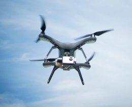 filmowanie dronem z lotu ptaka